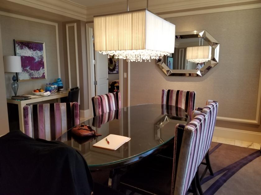 Bellagio Penthouse dining room